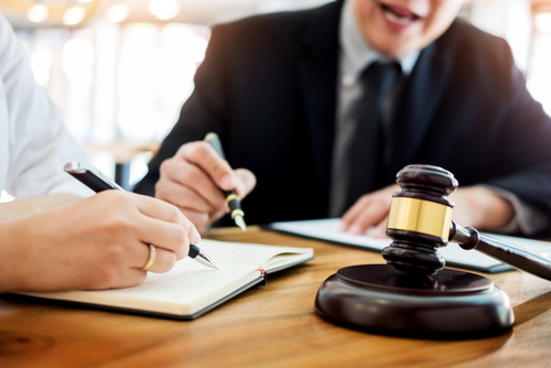 the-lawyers-and-laws-in-singapore